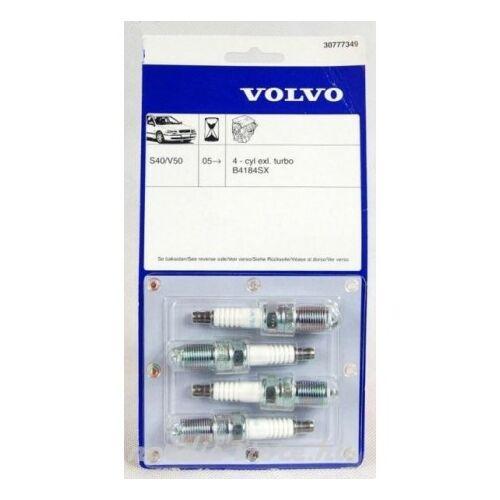 VOLVO ALKATRÉSZ : 30777349-1015975-Volvo-Gyertya készlet
